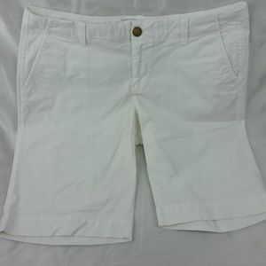 Old Navy Womens Shorts Sz 10 White Perfect Bermuda